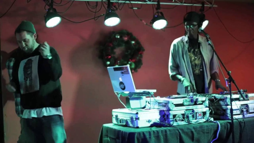 MUSIC: MindsOne & DJ Iron - Follow The Light