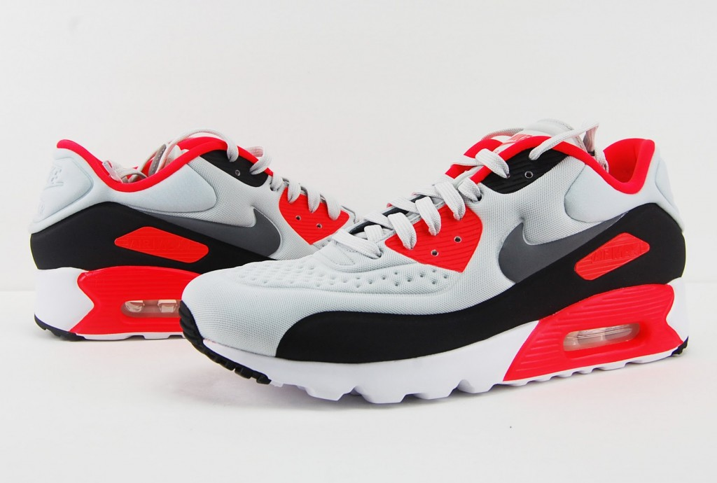 STYLE: Nike Air Max 90 Ultra SE Infrared OG Update Review