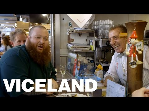 LIFE: Action Bronson Eats at the Gratest Market in Barcelona (Extra Scene)