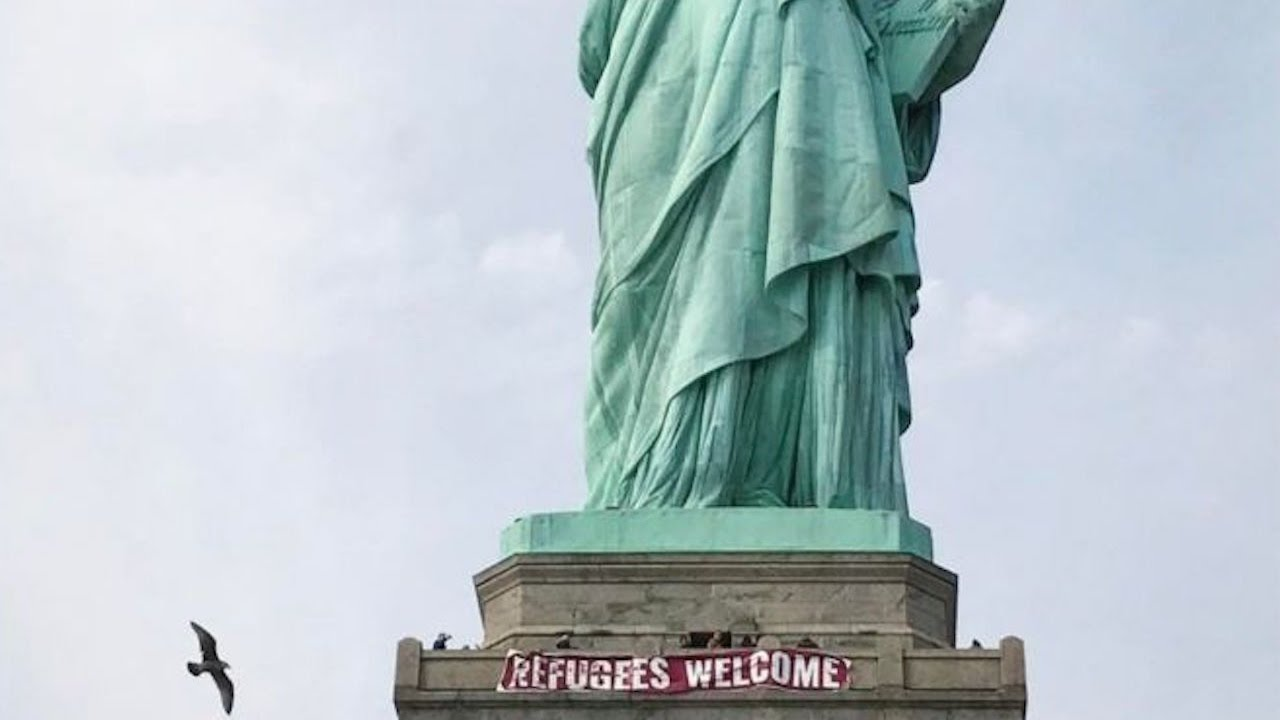 LIFE: Statue Of Liberty Gets A Sweet New Sign