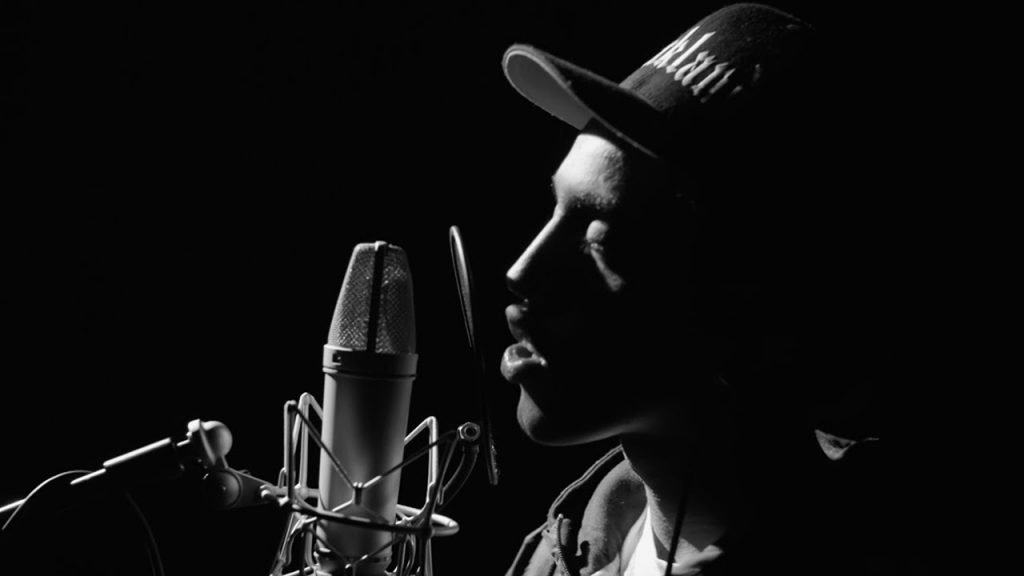 BARS: Abdul Kay Spits Over One of The Craziest Beats Yet | 64 Bars