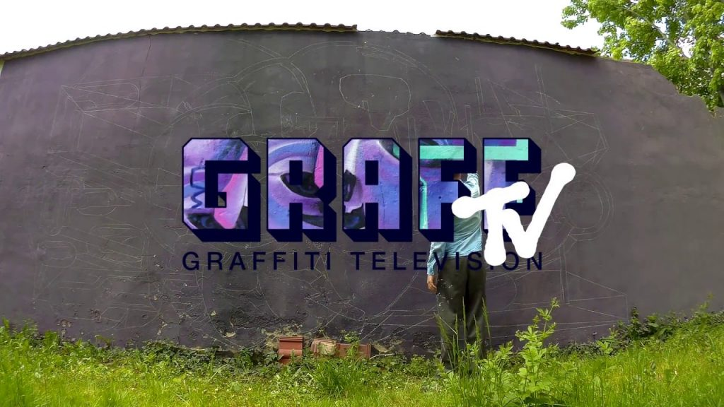 ART: GRAFFITI TV: BOND TRULUV