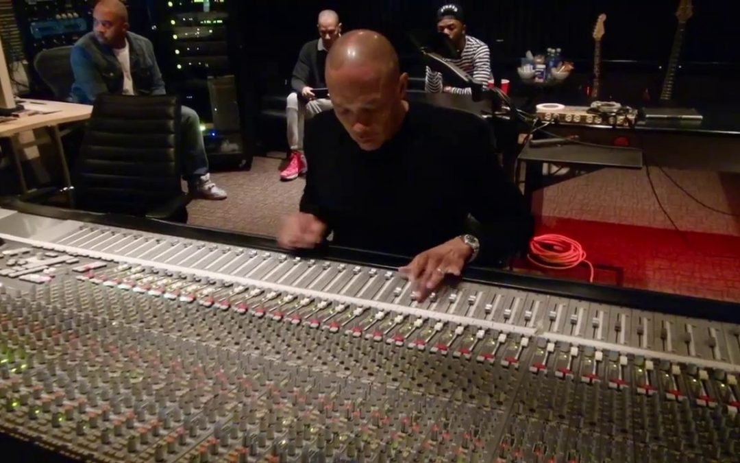 """LIFE: Dr. Dre mixing Marvin Gayes """"I Want You"""" Vocals   The Defiant Ones"""